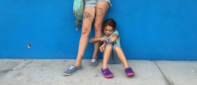 bria-vinaite-and-brooklynn-kimberly-prince-in-the-florida-project-1200x520